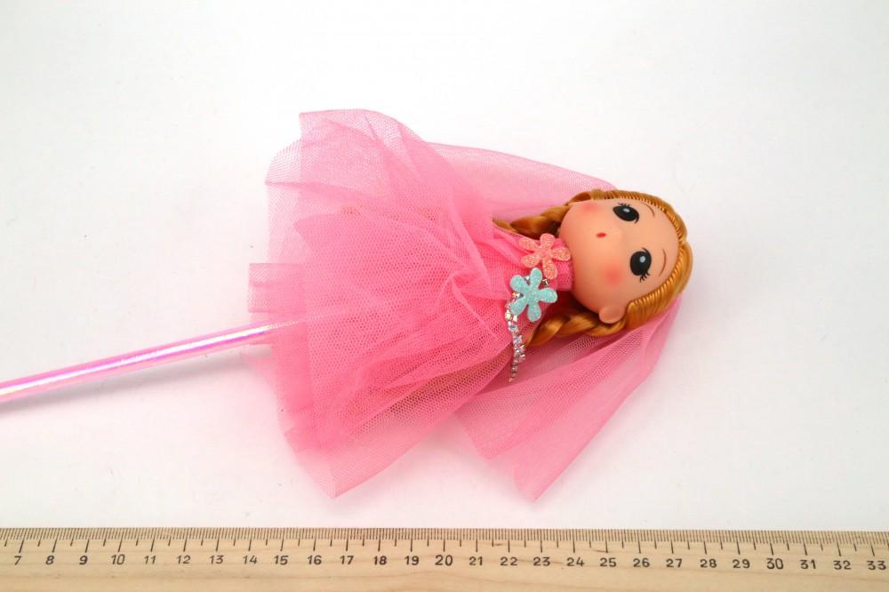 Куколка на палочке 2